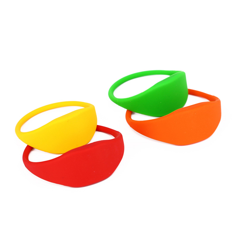 nfc ntag215 silicone wristband