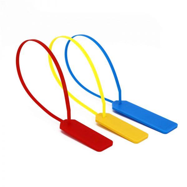 étiquette d'attache de câble